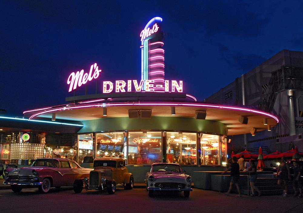 mels drivein california diner - 1000×702